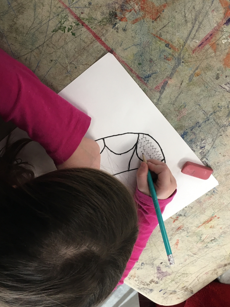 Using lines and dots to fill a turtle shell!